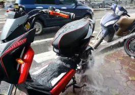 Rửa xe máy điện tại nhà như thế nào để đạt hiệu quả cao