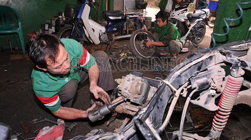 Sửa chữa xe máy bị kẹt số
