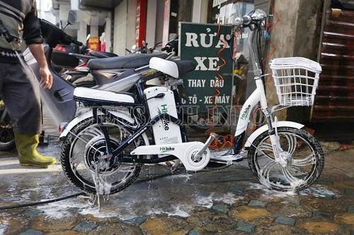 Rửa xe đạp điện hiệu quả, an toàn
