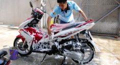 Rửa xe siêu sạch nhờ dung dịch rửa xe chuyên dụng