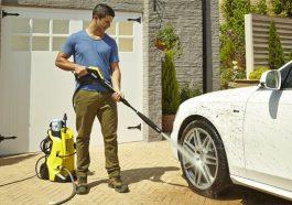 Rửa xe siêu sạch bằng máy rửa xe gia đình