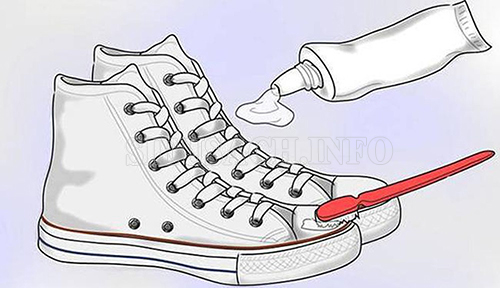 Làm sạch giày vải nhanh chóng, hiệu quả với các bước đơn giản