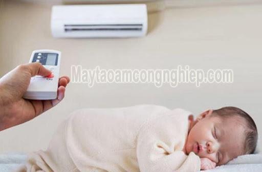 sử dụng chế độ Dry của máy điều hòa