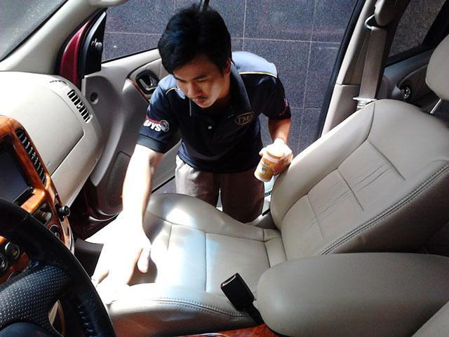 Kiểm tra tổng quát bề mặt ghế ô tô