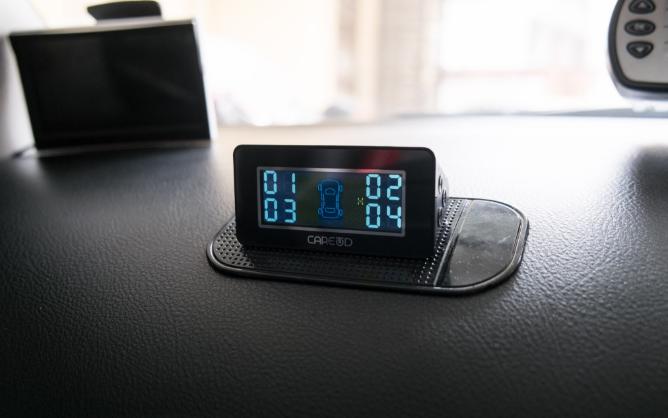 lắp đặt cảm biến áp suất lốp là một việc vô cùng cần thiết
