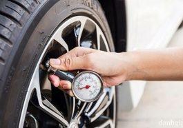 Cần kiểm tra áp suất lốp xe ô tô thường xuyên