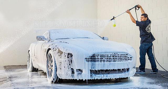 Bình phun bọt tuyết giúp làm sạch nhanh, chuyên nghiệp hơn