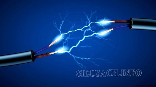 Hiệu điện thế giữa 2 đầu dây dẫn của 2 loại khác nhau