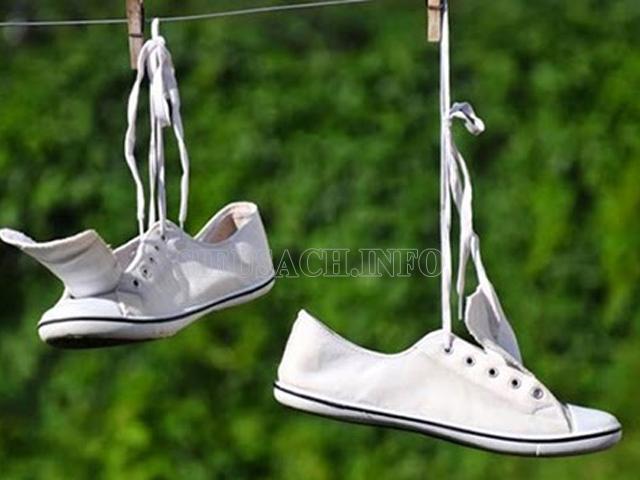 phơi giày vải đúng cách