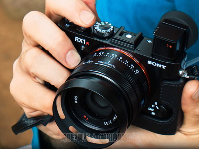máy ảnh kỹ thuật số 3