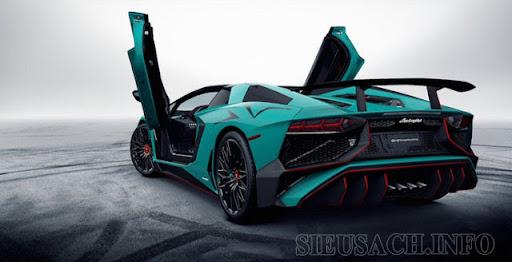 Lamborghini Aventador LP750-SV